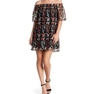 NWT BB Dakota Dress Off Shoulder Floral Embroidery